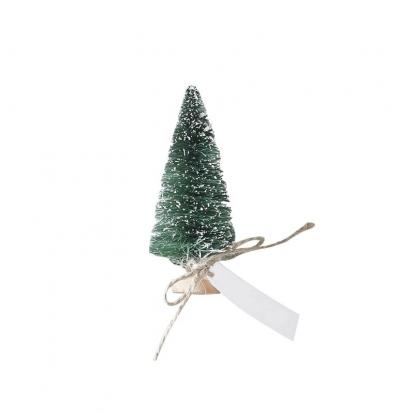 """Mini dekorācijas-vārda kartes """"Zaļas Ziemassvētku eglītes"""" (6 gab)"""